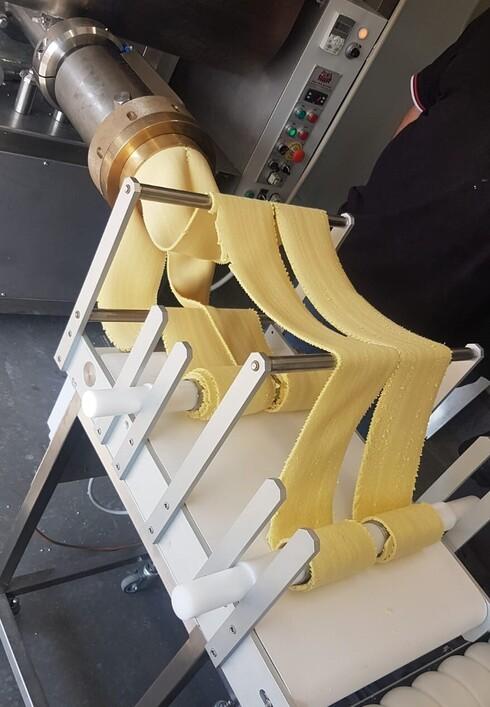 ייצור פסטה במפעל החדש
